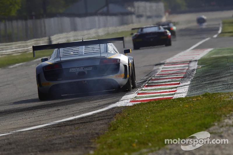 #25 Sainteloc Racing 奥迪 R8 LMS Ultra: Jean-Claude Lagniez, Claude-Yves Gosselin, Marc Sourd