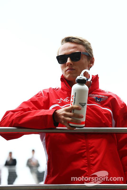 Max Chilton, Marussia F1 Team, no desfile pilotos.
