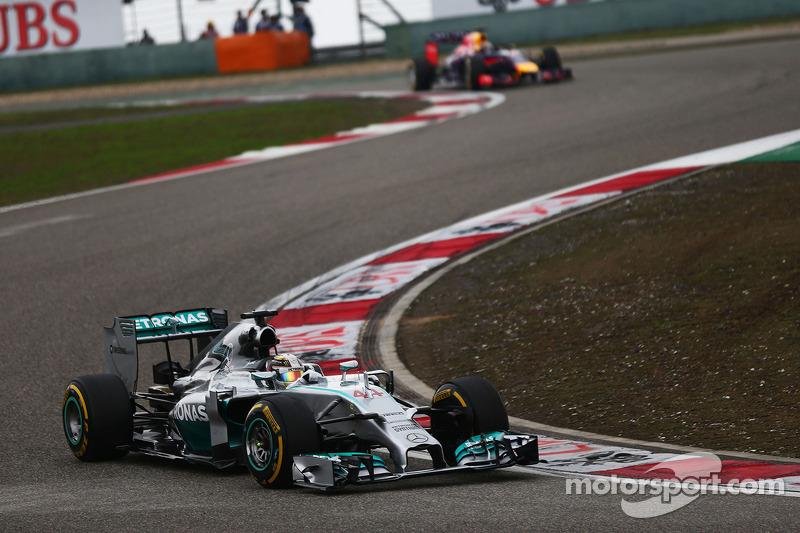 Lewis Hamilton, Mercedes AMG F1 W05.
