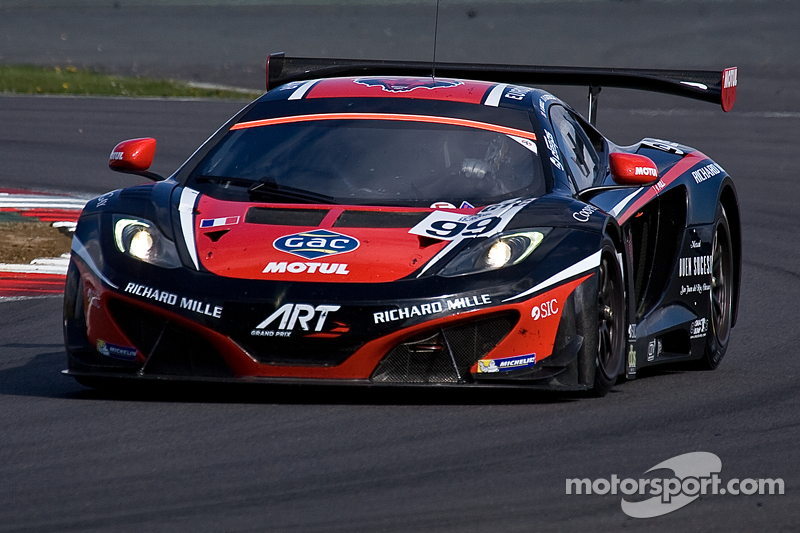 99 art grand prix mclaren mp4 12c gt3 ricardo gonzalez karim ajlani alex brundle at silverstone. Black Bedroom Furniture Sets. Home Design Ideas