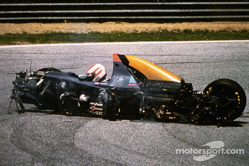 Роланд Раценбергер, авария в квалификации Гран При Сан-Марино