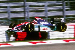 Rubens Barrichello, Jordan coinvolto in un grande incidente