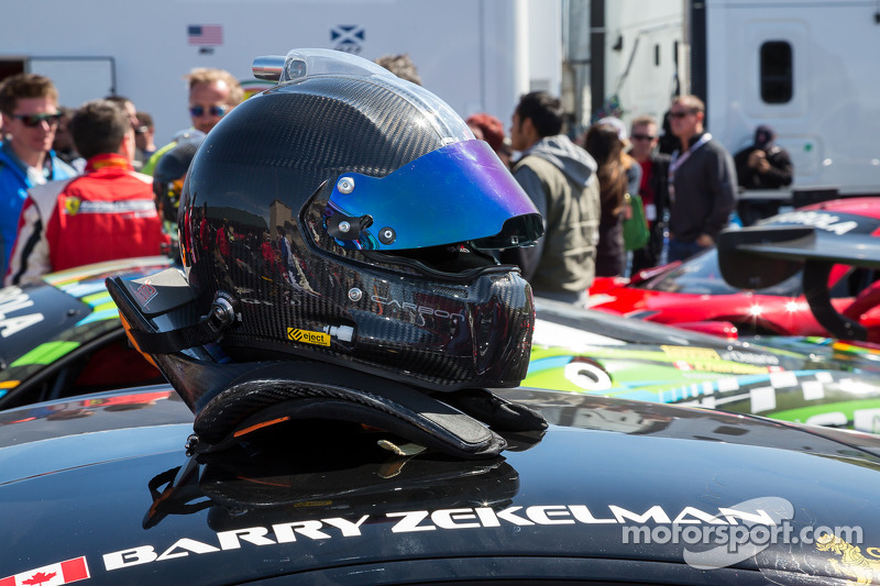 Casco di Barry Zekelman