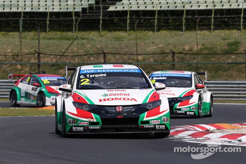 Gabriele Tarquini, Honda Civic WTCC, Castrol Honda WTCC Takımı ve Tiago Monteiro, Honda Civic WTCC,
