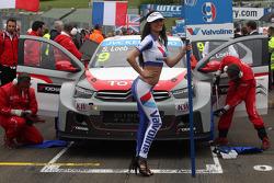 Grid Girl, Sébastien Loeb, Citroen C-Elysee WTCC, Citroen Total WTCC