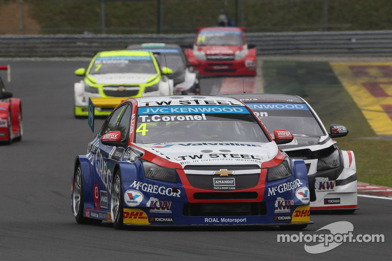 Tom Coronel, Chevrolet Cruze RML TC1, Roal Motorsport e Tom Chilton, Chevrolet Cruze RML TC1, ROAL Motorsport