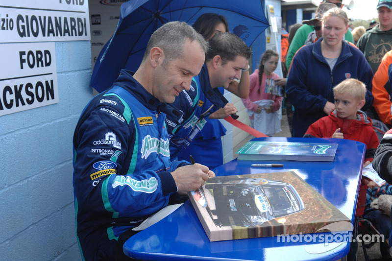 Fabrizio Giovanardi, Airwaves Racing