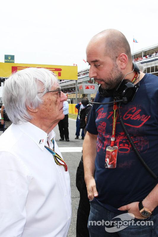 (L to R): Bernie Ecclestone, with Gerard Lopez, Lotus F1 Team Principal on the grid