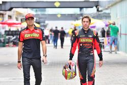 Nelsinho Piquet y Robin Frijns