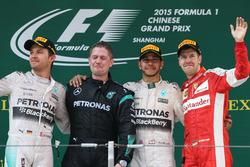 Подіум: 1. Льюіс Хемілтон, Mercedes. 2. Ніко Росберг, Mercedes. 3. Себастьян Феттель, Ferrari