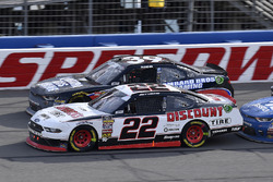 Joey Logano, Team Penske, Ford Mustang Discount Tire and Ryan Sieg, RSS Racing, Chevrolet Camaro RSS Racing
