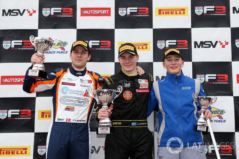 Подіум: переможець гонки Лінус Лунквіст, Double R, друге місце Ніколай К'єгорд, Carlin, третє місце