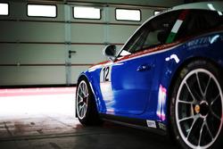 La Porsche 911 GT3 di Simone Iaquinta, Ombra Racing nel garage
