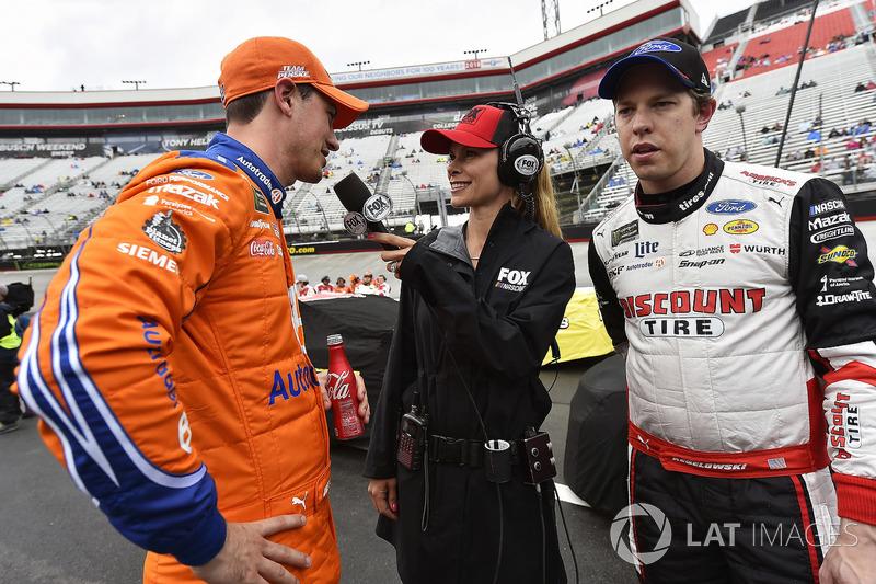 Joey Logano, Team Penske, Ford Fusion Autotrader and Brad Keselowski, Team Penske, Ford Fusion Discount Tire