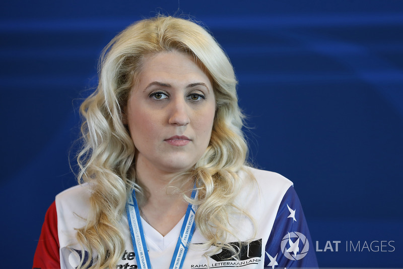 Stephanie Turzanski, Directora Ejecutiva de SoldierStrong