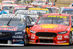 Jamie Whincup, Triple Eight Race Engineering Holden Scott McLaughlin, DJR Team Penske Ford