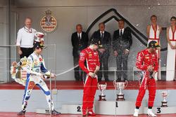 Podio: ganador de la carrera Antonio Fuoco, Charouz Racing System, segundo lugar Lando Norris, Carlin, tercer lugar Louis Deletraz, Charouz Racing System