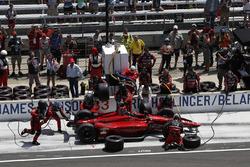 James Davison, A.J. Foyt Enterprises with Byrd / Hollinger / Belardi Chevrolet, pit stop