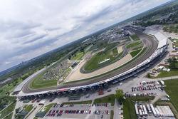 A vista do Indianapolis Motor Speedway do helicóptero de Kurt Busch