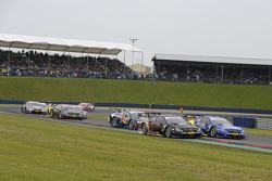 Pascal Wehrlein, gooix Mercedes AMG, DTM Mercedes AMG C-Coupe, Gary Paffett, EURONICS Mercedes AMG,