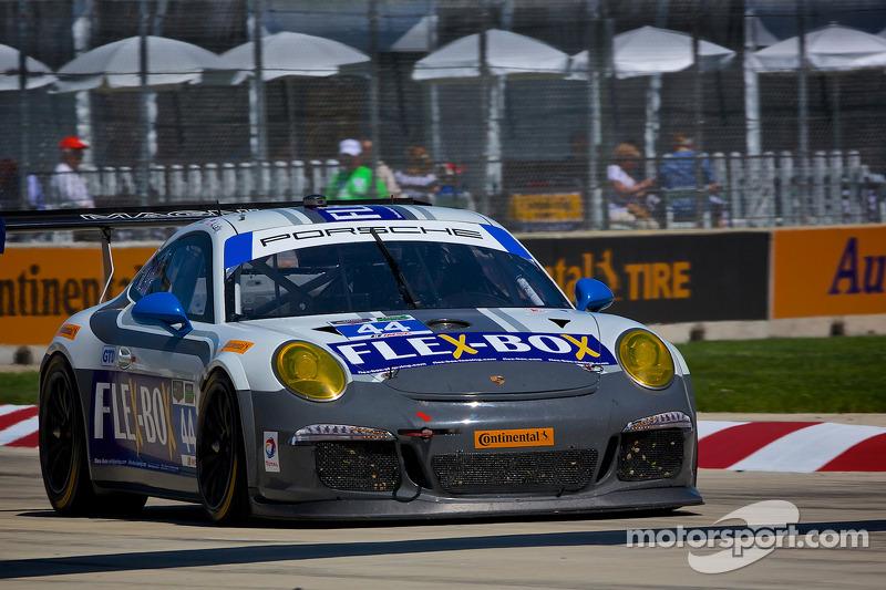 #44 Magnus Racing 保时捷 911 GT America: 约翰·波特 & 安迪·拉利