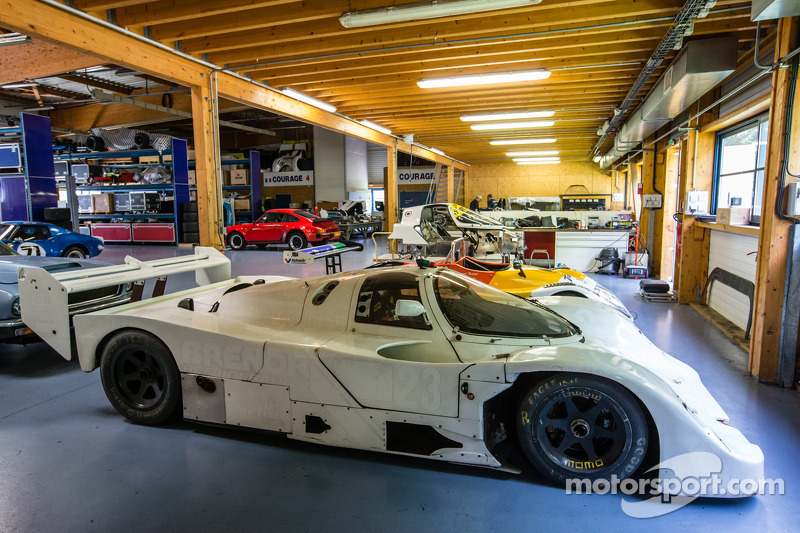 Courage Compétition: a Porsche 962 in restauro