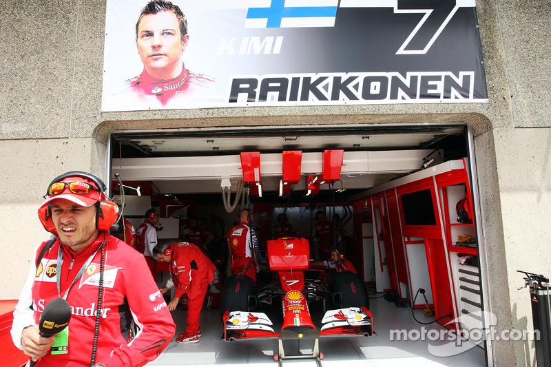 Giancarlo Fisichella, Ferrari fuori dal garage di Kimi Raikkonen, Ferrari