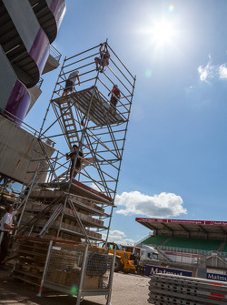 New TV tower for pitlane?