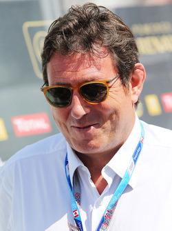 Gerard Neveu, Promoter of WEC