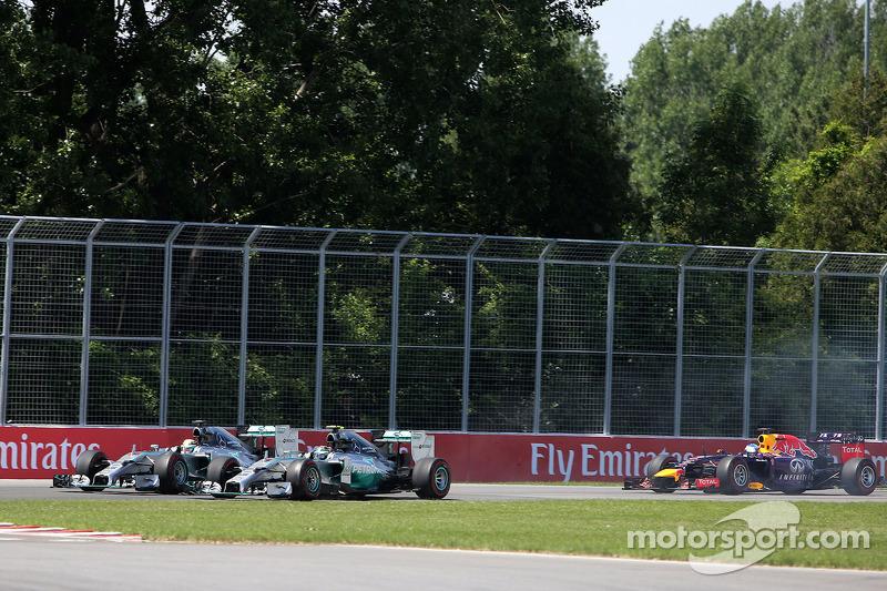 Partenza della gara, Lewis Hamilton, Mercedes AMG F1 Team e Nico Rosberg, Mercedes AMG F1 Team 08