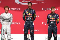 1. sıra Daniel Ricciardo, Red Bull Racing, 2. sıra Nico Rosberg, Mercedes AMG F1 ve 3. sıra Sebastian Vettel, Red Bull Racing