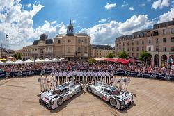 #20 保时捷运动部 保时捷 919 Hybrid: 蒂莫·贝恩哈德, 马克·韦伯, 布兰登·哈特利;#14 保时捷运动部 保时捷 919 Hybrid: 罗曼·仲马, 尼尔·贾尼, 马克·里布