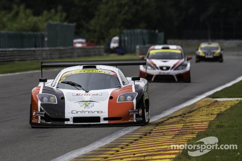 #2 Neil Garner Motorsport Mosler MT900 GT3: Javier Morcillo, Manual Cintrano