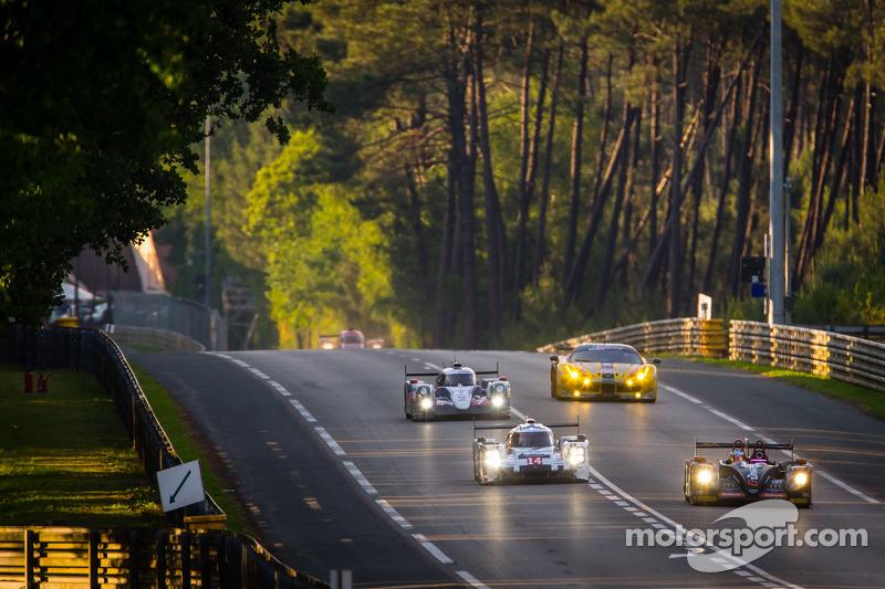 #26 G-Drive Racing 摩根 - 日产: 罗曼·鲁斯诺夫, 奥利弗·普拉, 朱利安·卡纳尔 和 #14 保时捷运动部 保时捷 919 Hybrid: 罗曼·仲马, 尼尔·贾尼, 马克·里