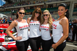The charming Nissan girls