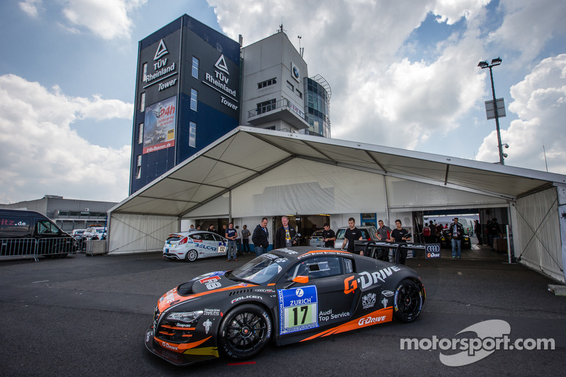 WRT Racing Team Audi R8 LMS ultra sotto ispezione tecnica