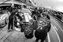 #24 Schulze Motorsport Nissan GT-R Nismo GT3: Kazunori Yamauchi, Tobias Schulze, Michael Schulze, Jo