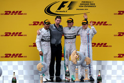 Podium: Lewis Hamilton, Mercedes AMG F1 Team; Nico Rosberg, Mercedes AMG F1 Team; Valtteri Bottas, Williams F1 Team