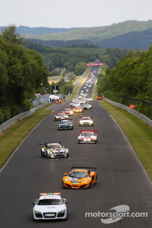 Giro di formazione: # 66 Dörr Motorsport McLaren MP4-12C: Kevin Estre, Peter Cox, Tim Mullen, Sascha