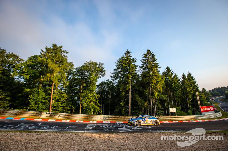 #120 LMS 工程师ing 奥迪 TT RS: Daniela Schmid, Christopher Tiger, Rol和 Botor, Constantin Kletzer
