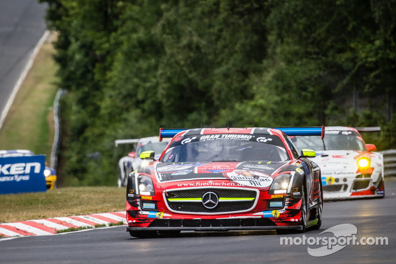 #31 Car Collection Motorsport Mercedes-Benz SLS AMG GT3: Peter Schmidt, Christian Bracke, Heinz Schmersal, Horst Felbermayr Jr.