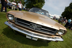 1964.5 Ford Mustang Convertible4