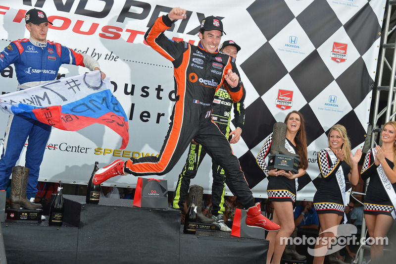 Simon Pagenaud, Schmidt Peterson Hamilton Motorsports Honda, festeggia