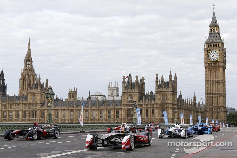 Vetture Formula E nel centro di Londra