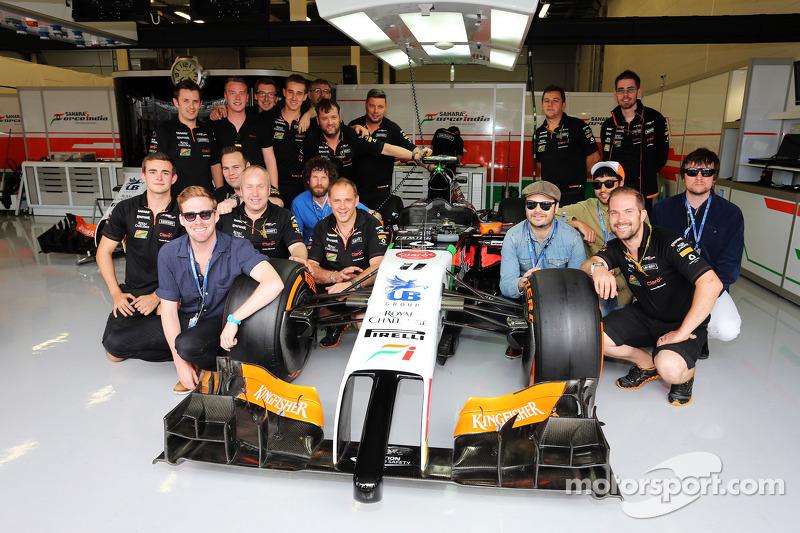 I Kaiser Chiefs con il Sahara Force India F1 Team