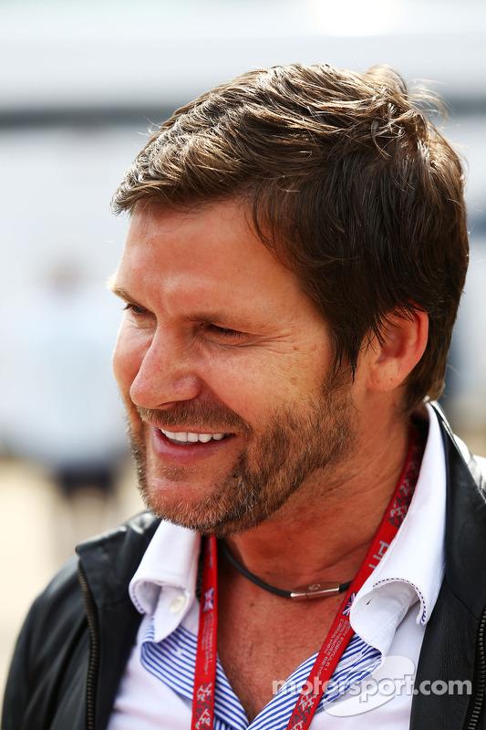 Steve Robertson, Fahrermanager