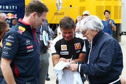 Christian Horner, Red Bull Racing Team Principal con Bernie Ecclestone