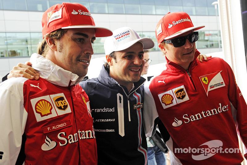 Felipe Massa, Williams, feiert seinen 200. GP; Fernando Alonso, Ferrari; Kimi Raäikkönen, Ferrari