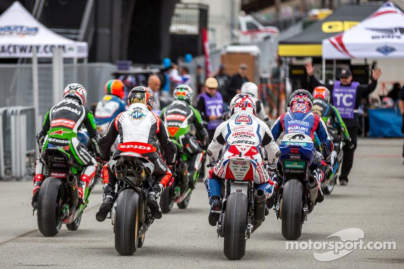 Superbike escono per la prima sessione di prove libere