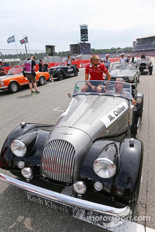Max Chilton, Marussia F1 Team, no desfile de pilotos